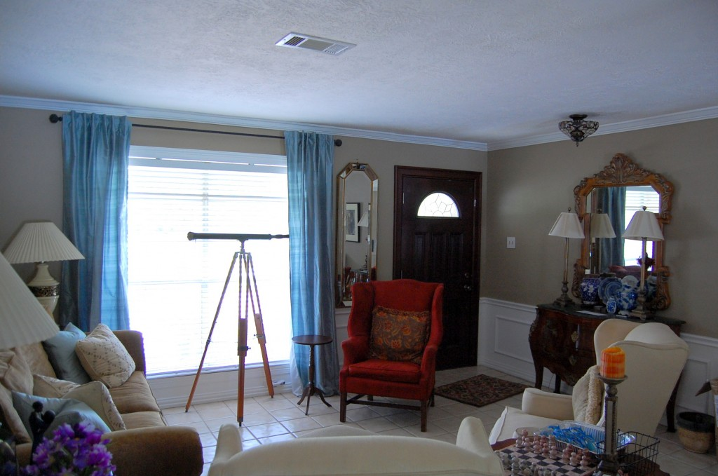Living room tour design ocd for Entryway into living room ideas